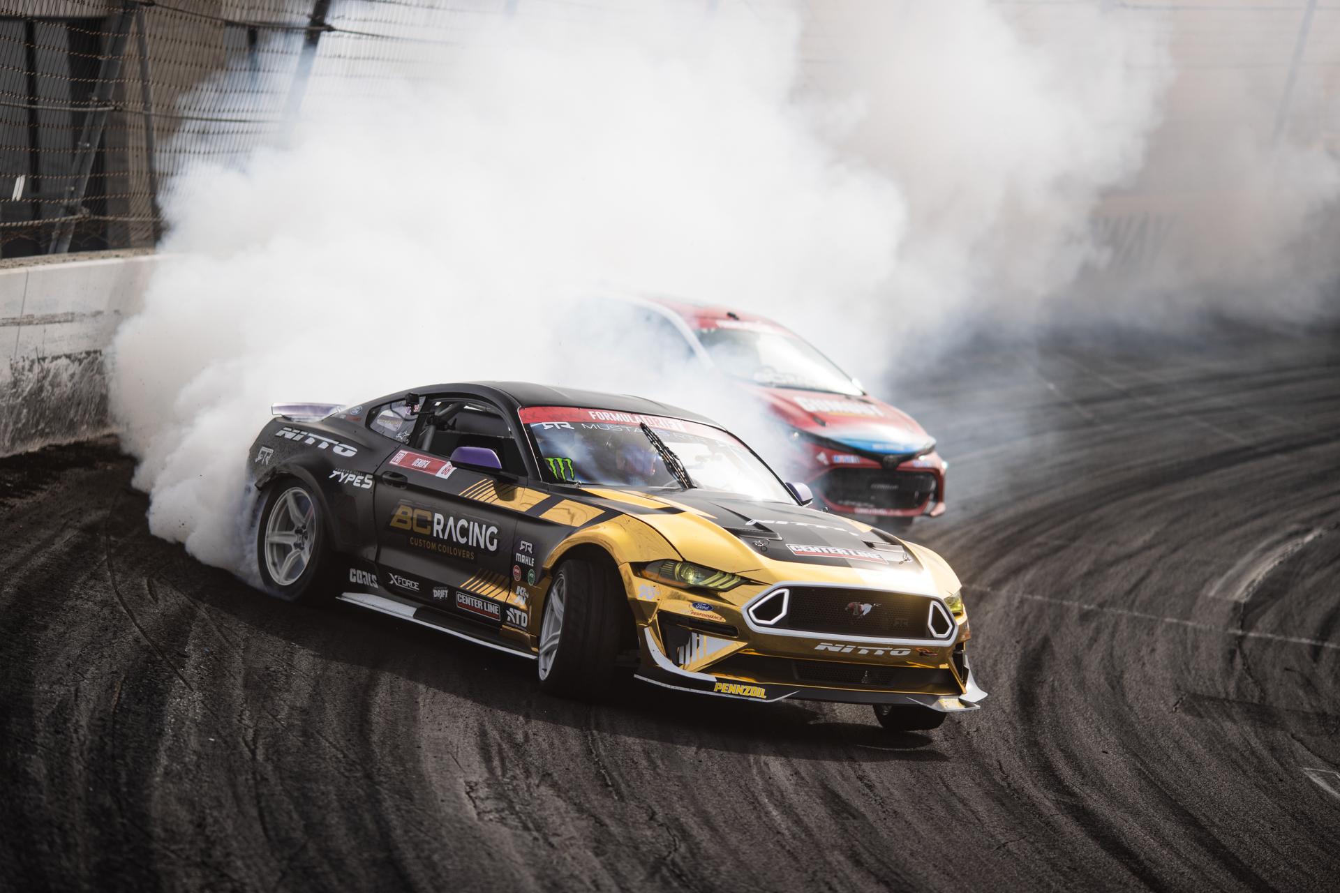 BC Racing Chelsea Denofa tandem drift leading