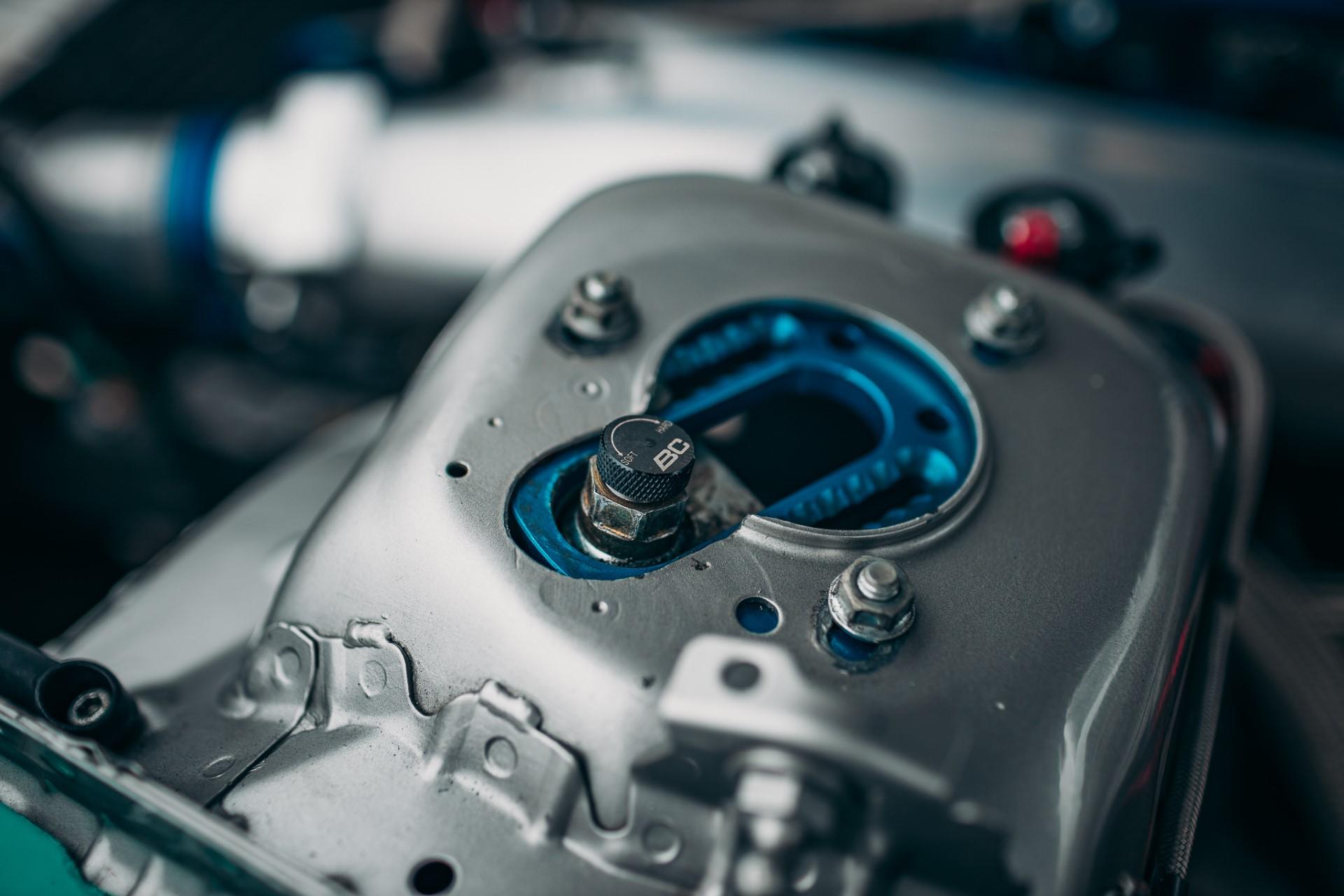 bc-racing-na-james-deane-interior-00014